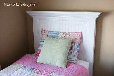 Twin Bed Header