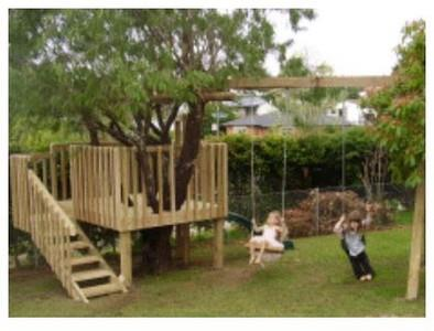 Kid's Tree House with Swing Set